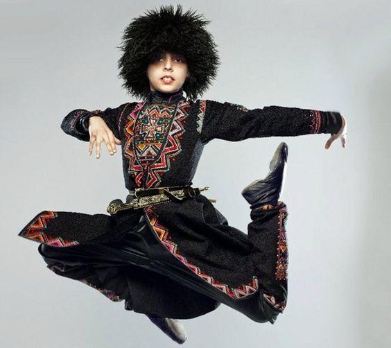 معرفی اجمالی انواع رقص های آذربایجانی